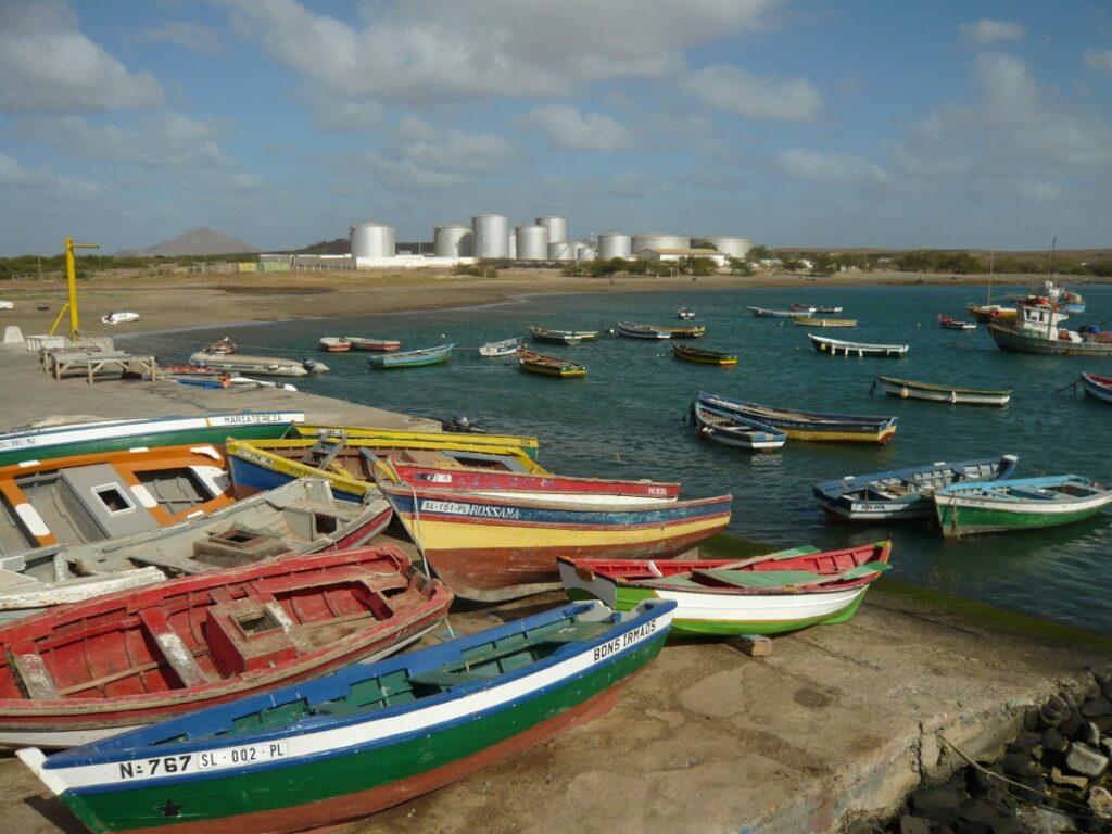 Vue sur le port de Sal, Cap Vert