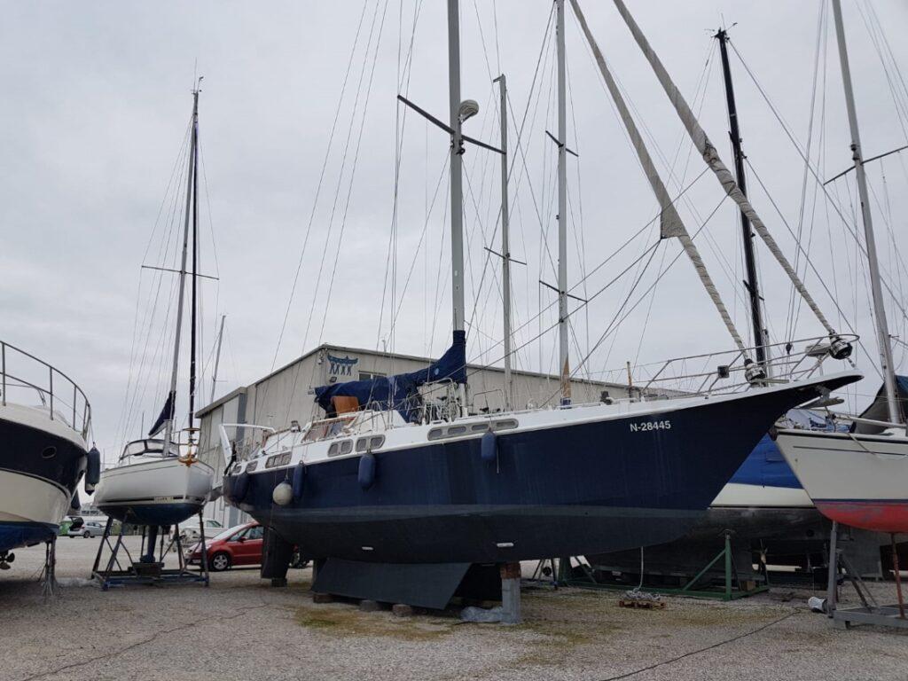 Viribus Unitis, a decent aluminium sailboat