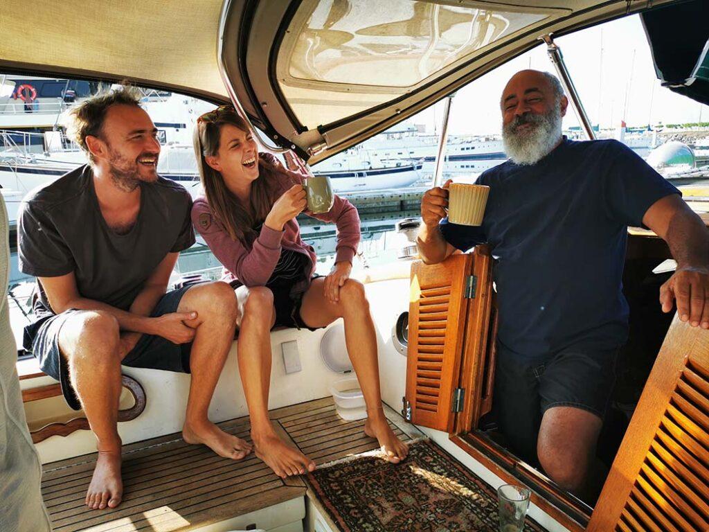 Prendre un café avec le capitaine Max à Cruise Port Marina, Ensenada