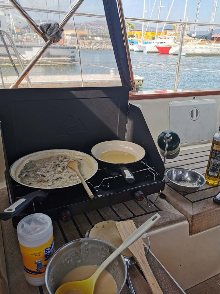Cooking in the cockpit of Milagros