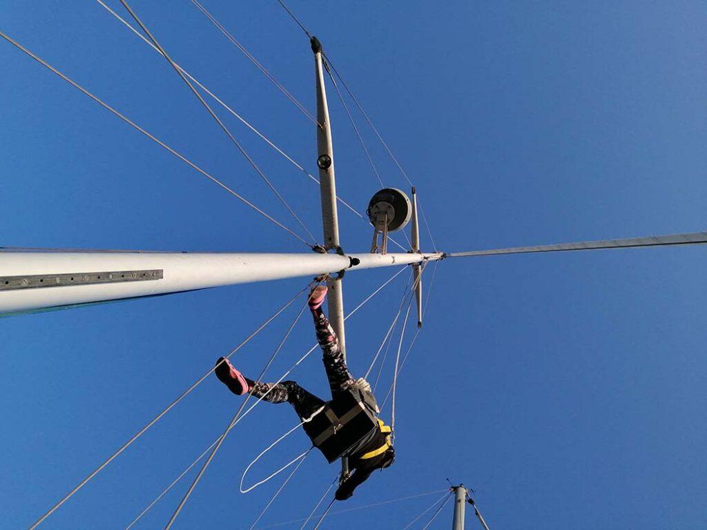 Pati up the mast
