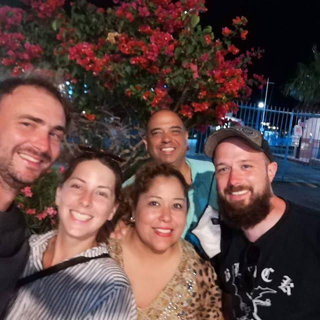 Milagros Crew und die Hector Familie