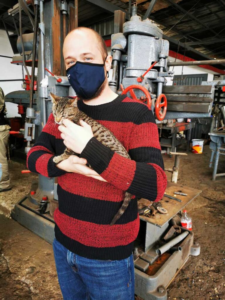 Dave made friends with the workshop cat