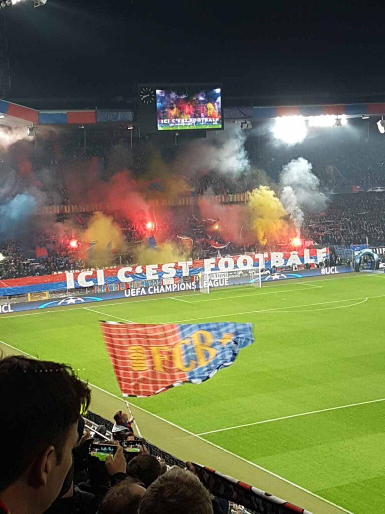 Chorégraphie des fans du FC Bâle