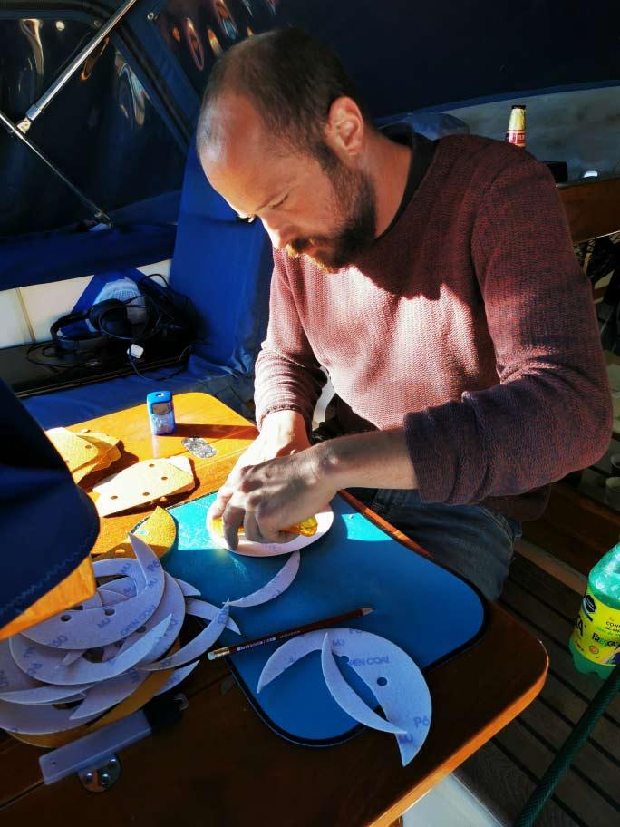 Selbstgemachte Schleifscheiben für einen Black + Decker Mouse Sander