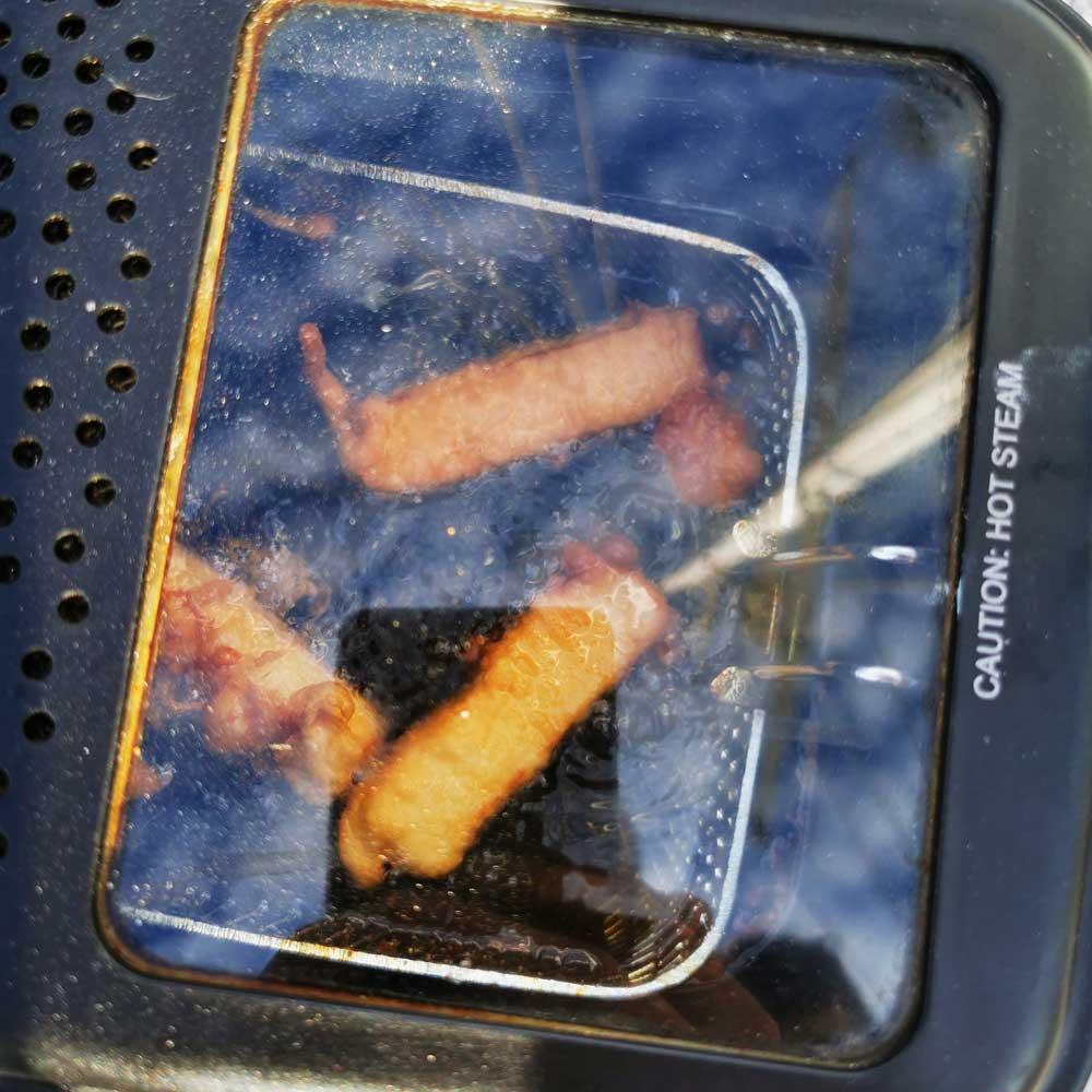Frittierte Mozzarella-Sticks
