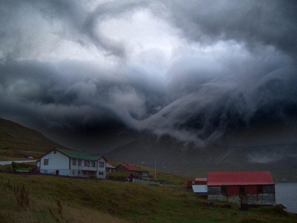 Ein Dorf auf den Färöer Inseln. Bild mit freundlicher Genehmigung von Jan Egil Kristiansen